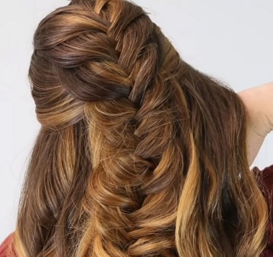 How to Fishtail Braid, Step by Step